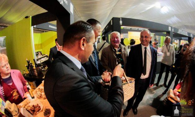 Potpisivanje Povelje o bratimljenju između Općine Nedelišće i grada Vodnjan