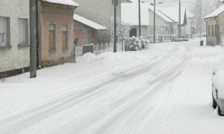 Građani negoduju – snijeg nije očišćen