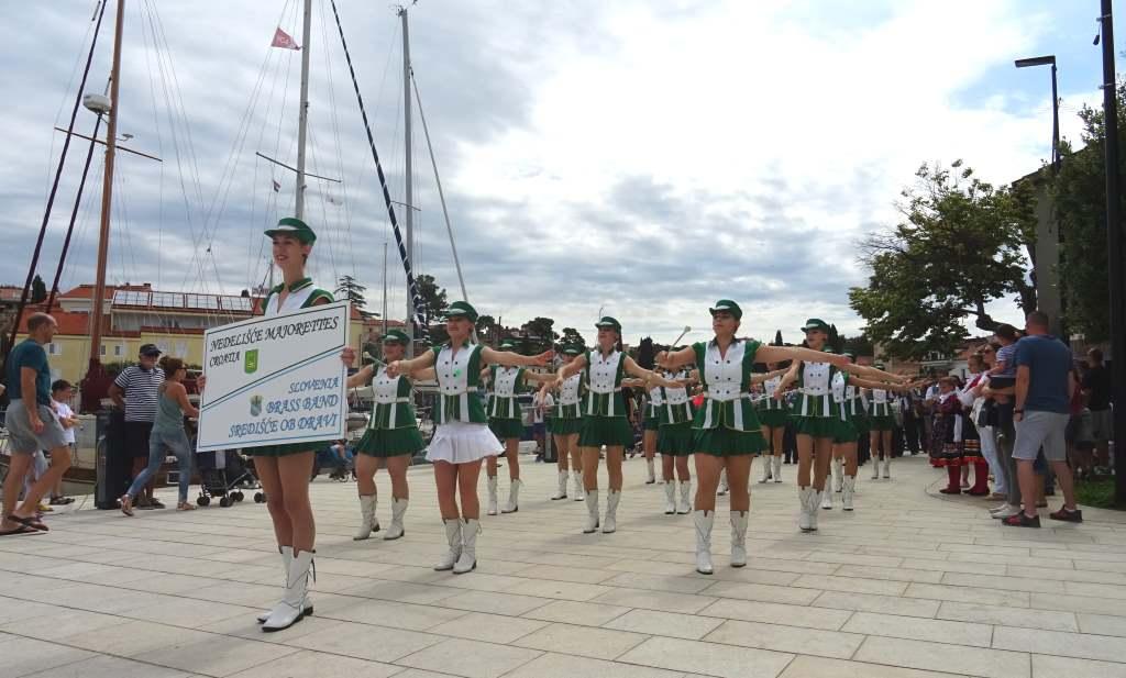 Mažoretkinje Nedelišće oduševile turiste na turneji po Krku
