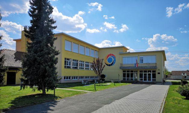 Općina Nedelišće za školu nabavila pleksiglas pregrade, vizire i dezinfekcijska sredstva