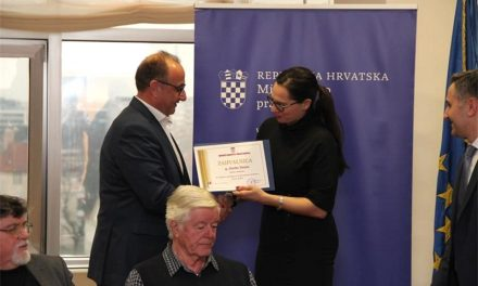 Načelnik Darko Dania primio zahvalu Ministarstva pravosuđa za probacijske djelatnosti