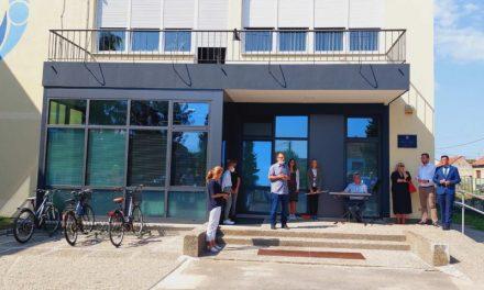 OŠ NEDELIŠĆE: Župan Posavec pozdravio prvašiće i otvorio rekonstruirani dio školske zgrade