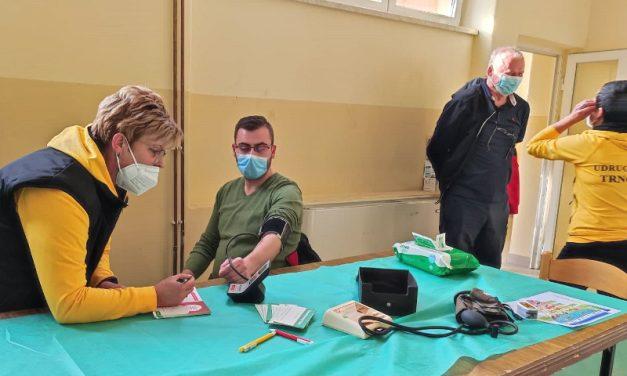 Udruga žena Trnovec organizirala akciju kontrole krvnog tlaka i šećera u krvi